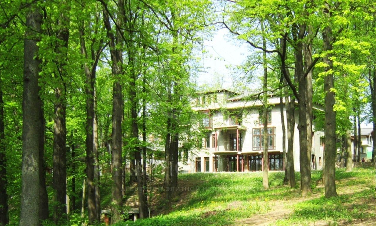 На продажу дом впоселке Троицкий парк