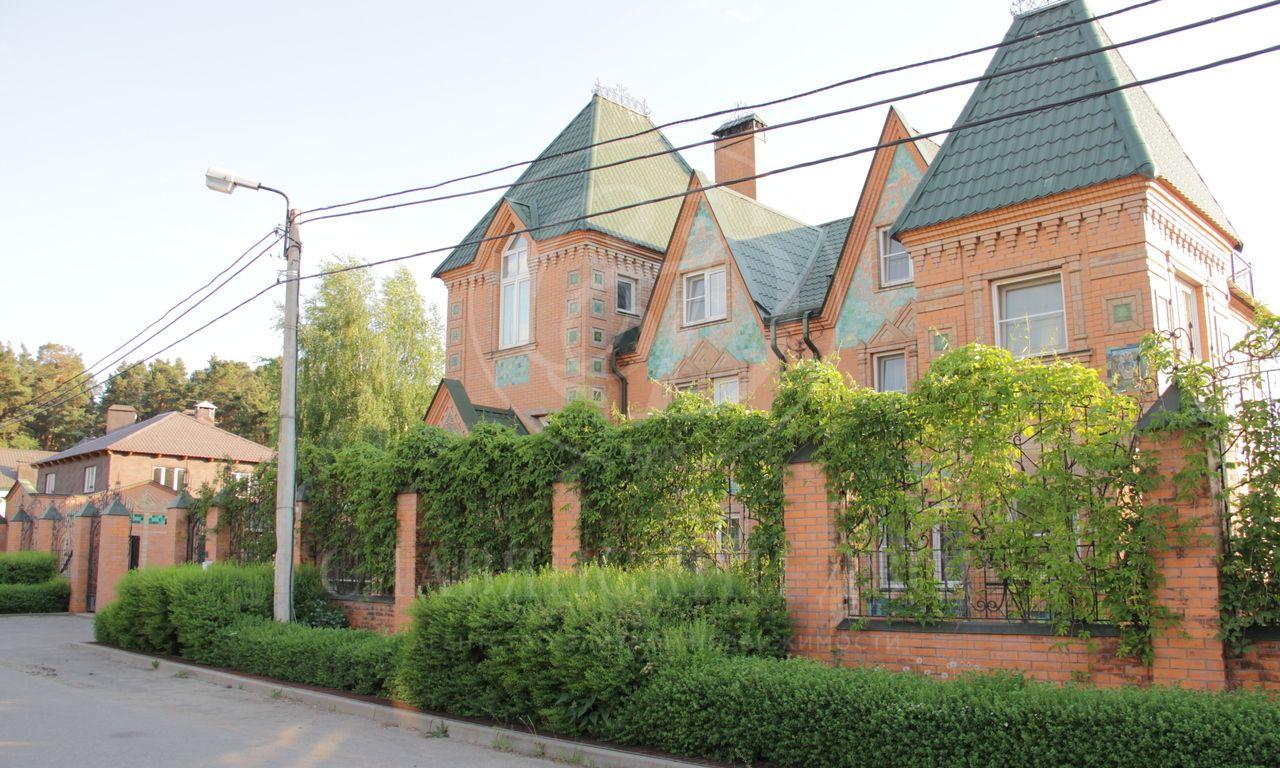 На продажу дом впоселке Александровка