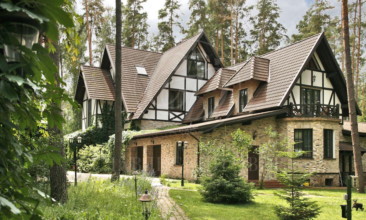Купить дом на балатоне самое высокое здание в дубай высота