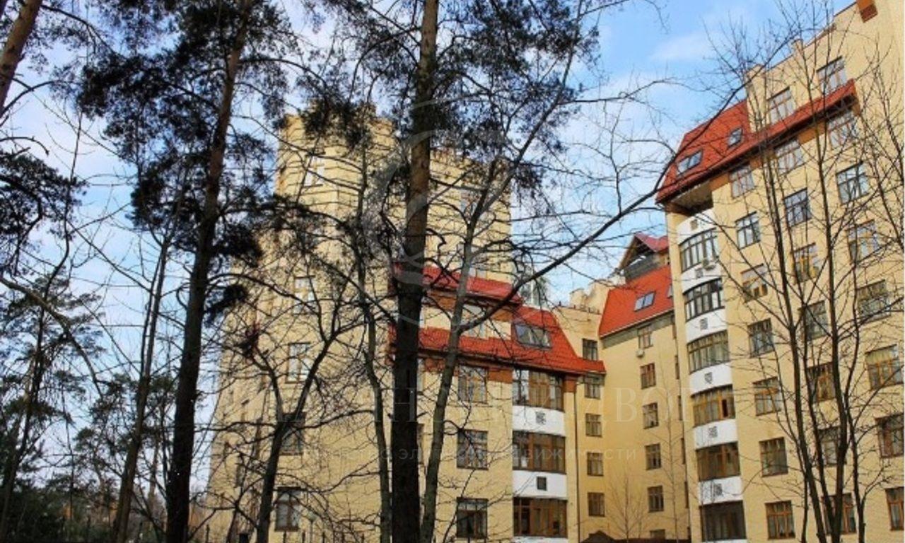 Уникальное предложение: квартира свыходом на крышу!