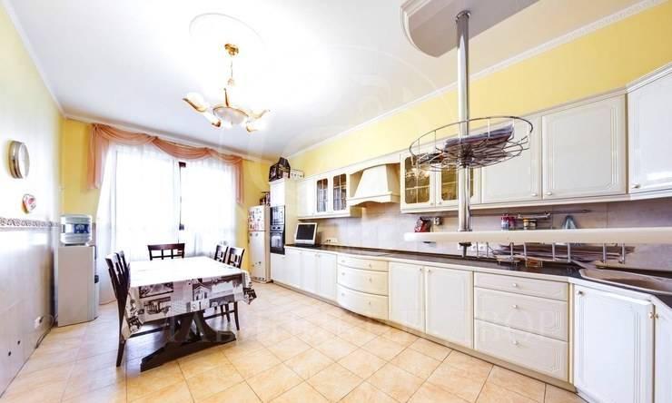 Предлагается просторная квартира вкомплексе «Золотые ключи 2»