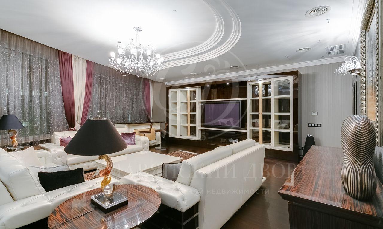 Предлагается кпродаже дизайнерская квартира встиле «Арт-деко»