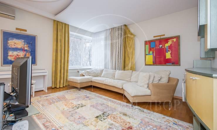 Предлагается просторная четырехкомнатная квартира вэлитном ЖК «Звенигородская 5»