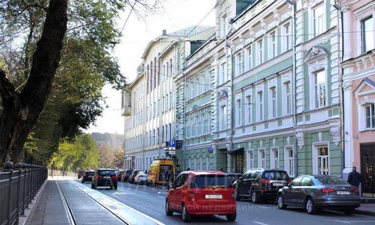 Аренда торгового помещения на Покровском бульваре