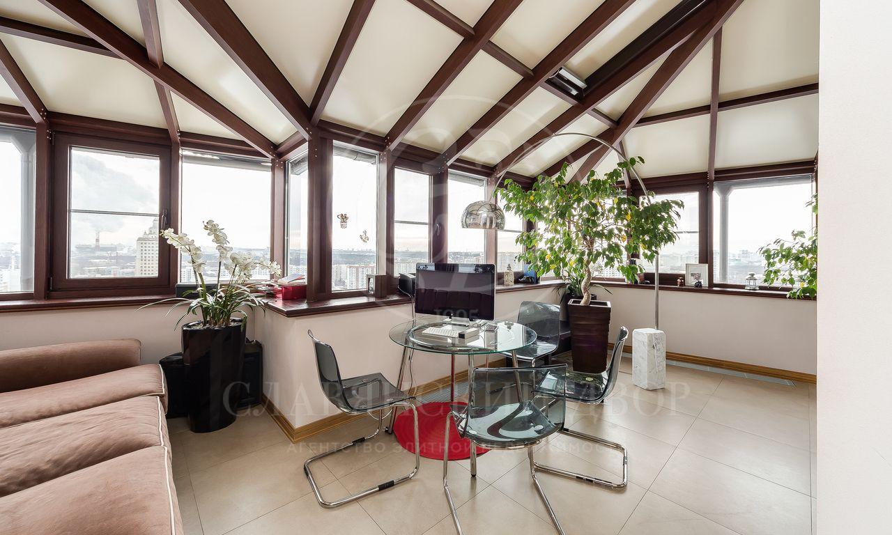 Видовая квартира в«Грин Хаус»