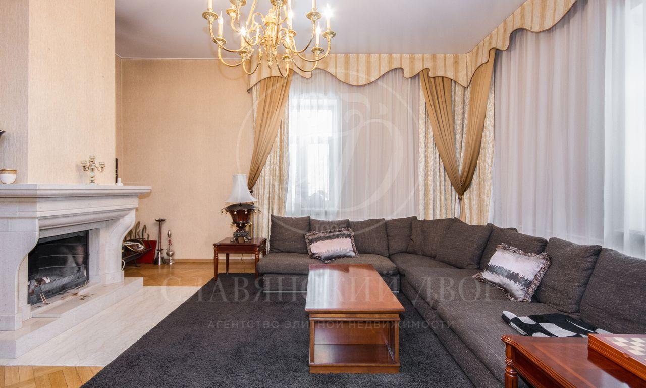 Для ценителей классики ибольших просторных комнат!!!