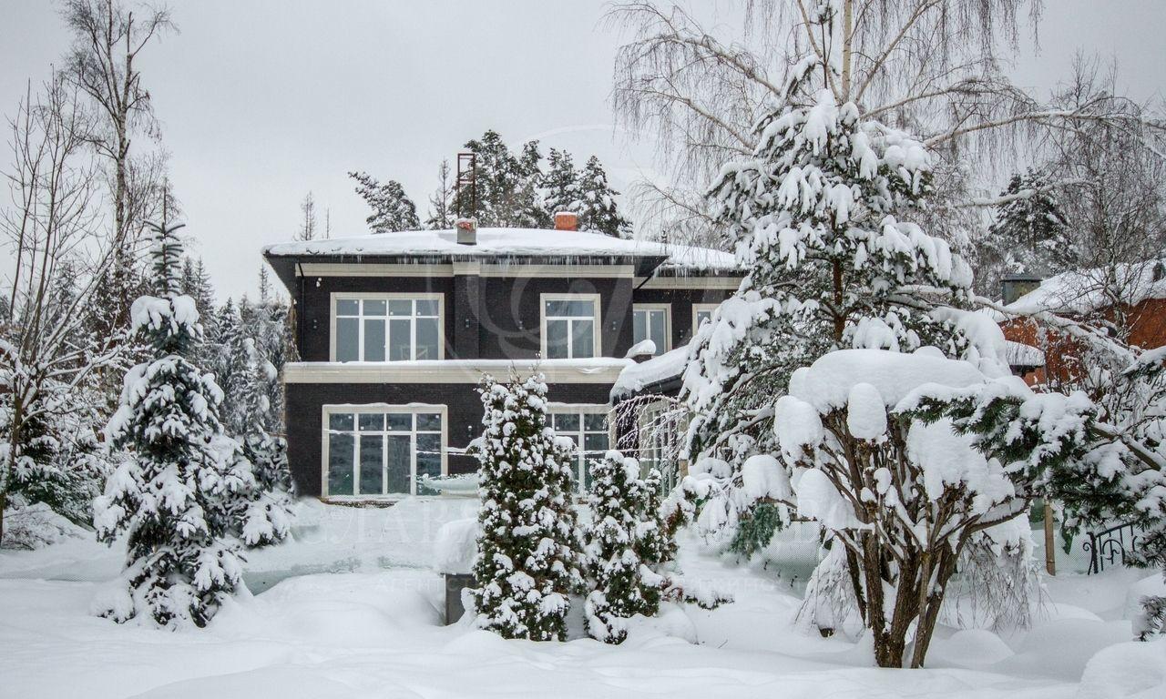 Резиденция из четырех домов вНиколо-Урюпино