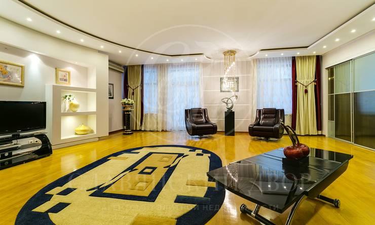 Предлагается трехкомнатная квартира вэлитном ЖК «Золотые ключи 1«