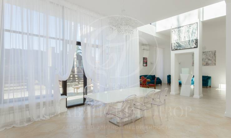 На продажу дом впоселке Резиденция Рублево