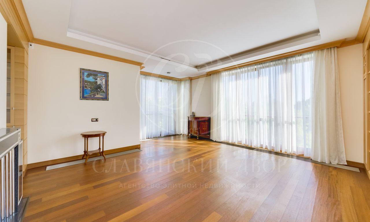 Уютная исветлая квартира вклубном доме врайоне Золотой мили