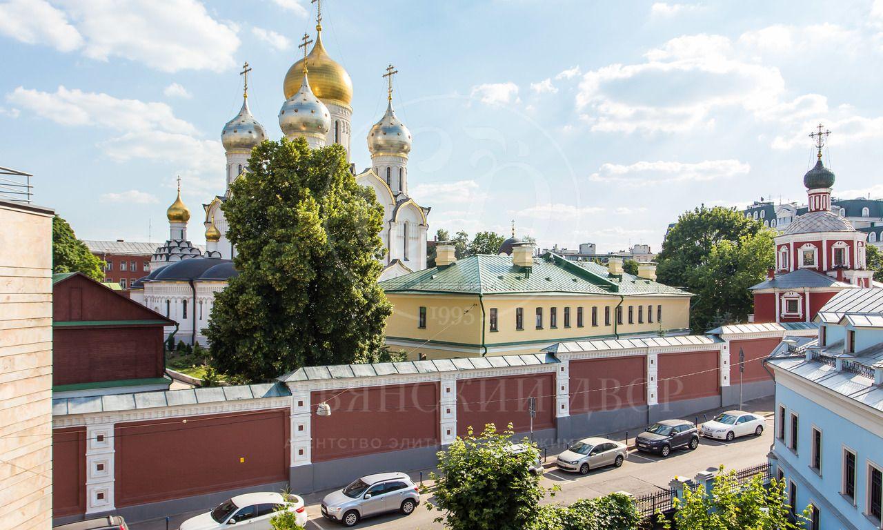 Виды на Зачатьевский монастырь! Снижение цены!