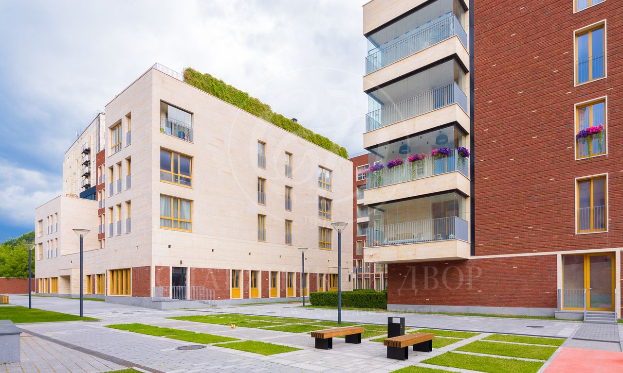 Лучшее предложение трехсторонней квартиры спанорамными окнами