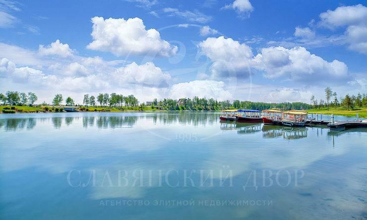 Участок свидом на озеро