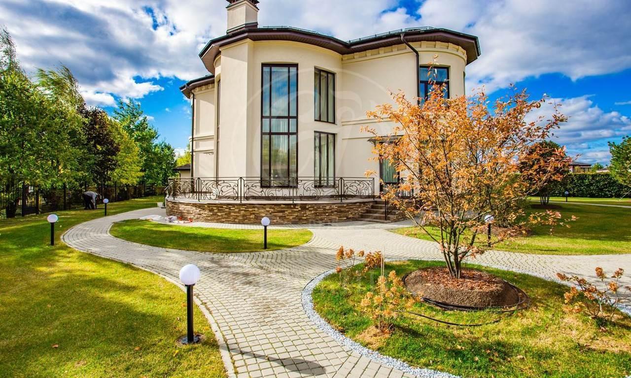На продажу дом впоселке Миллениум парк