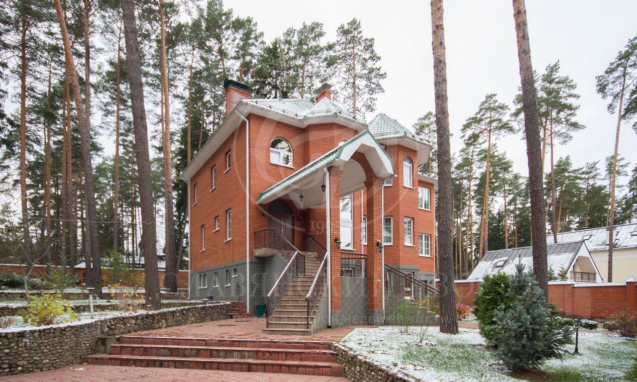 Варенду дом впоселке Горки-10
