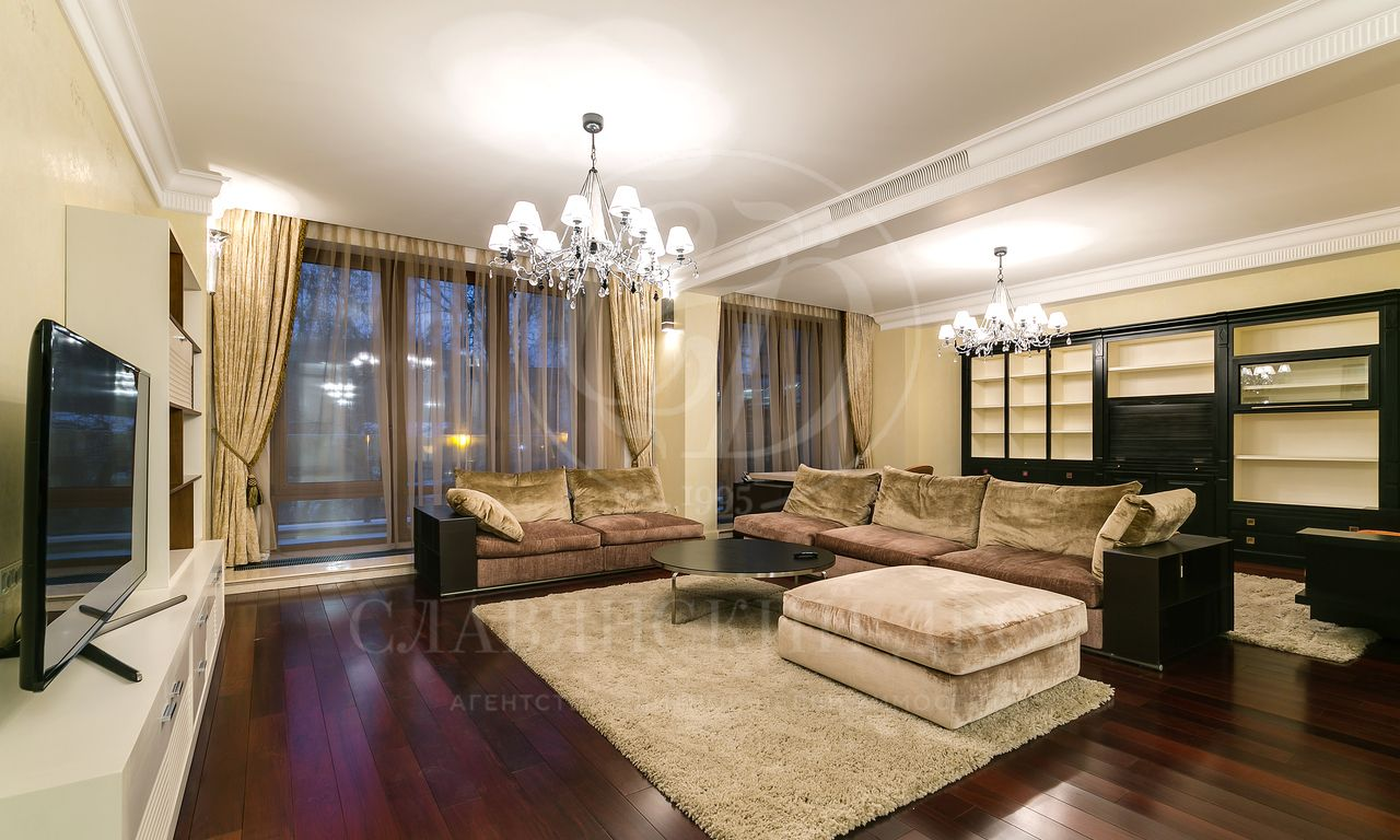 Квартира вклубном доме стеррасой!!!