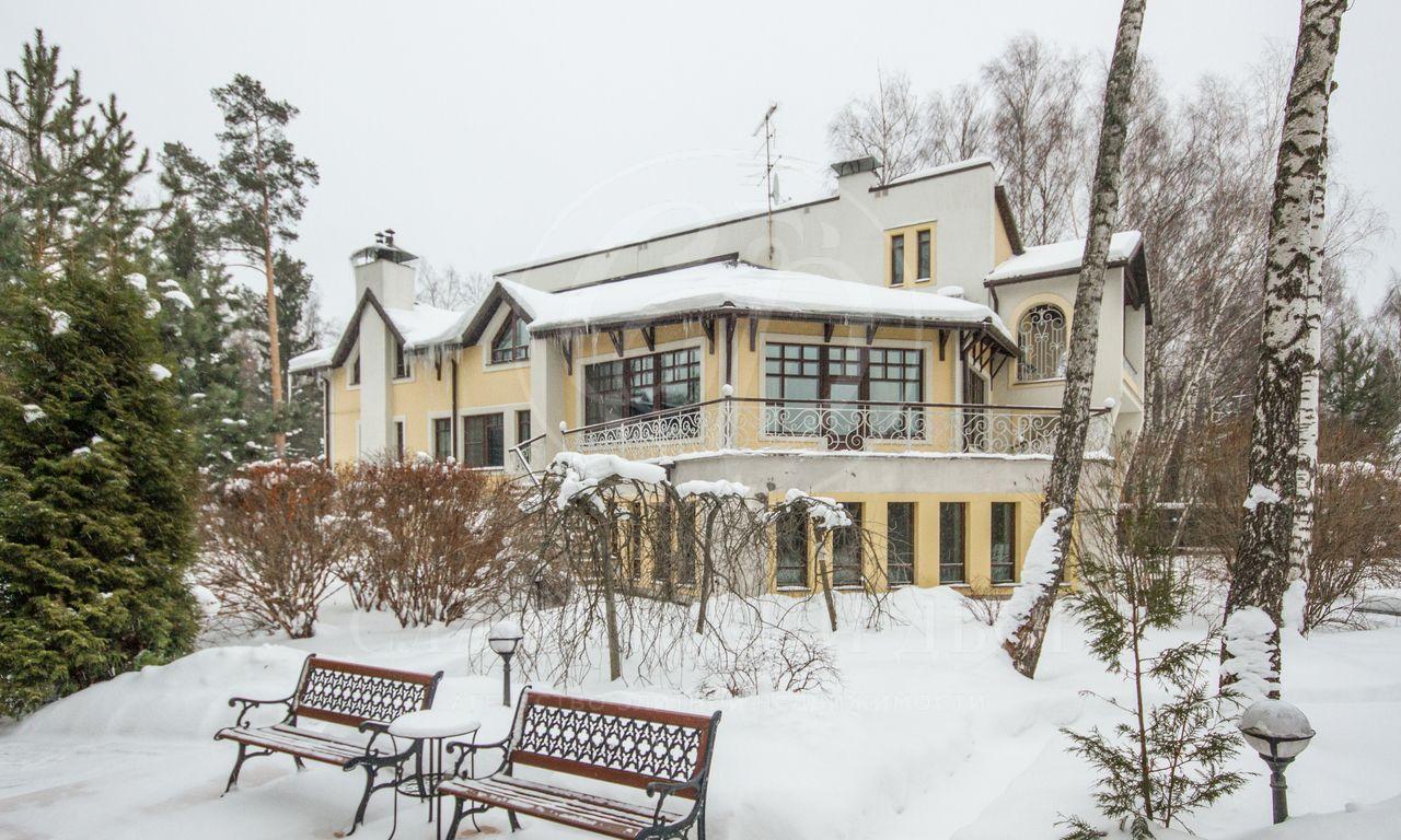 На продажу дом впоселке Ново-Дарьино