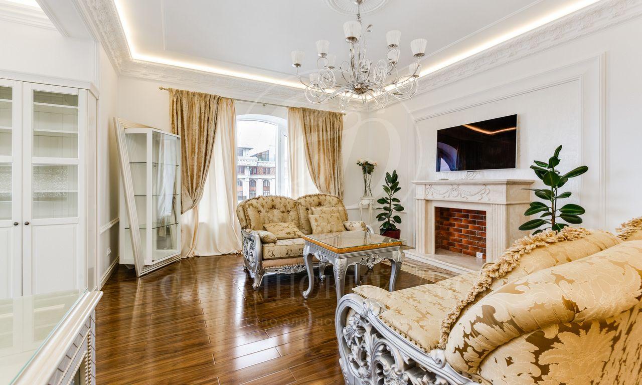 Великолепная квартира вэлитном жилом комплексе «Триумф-Палас»!