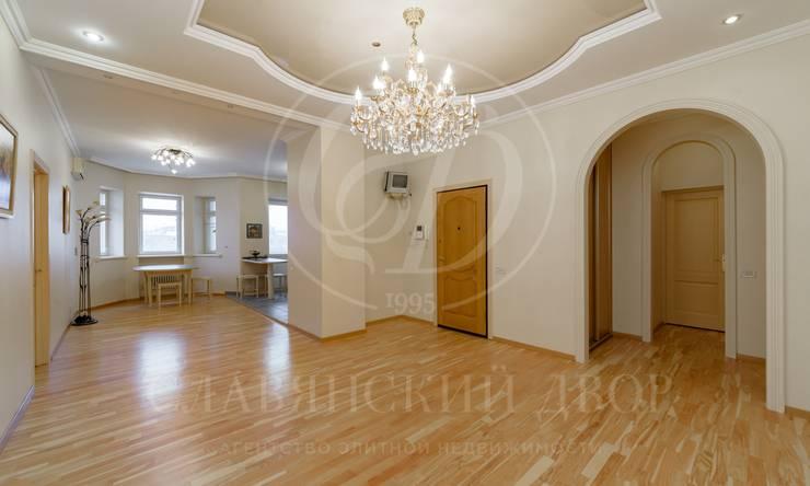 4-хкомнатная квартира висторическом районе Москвы