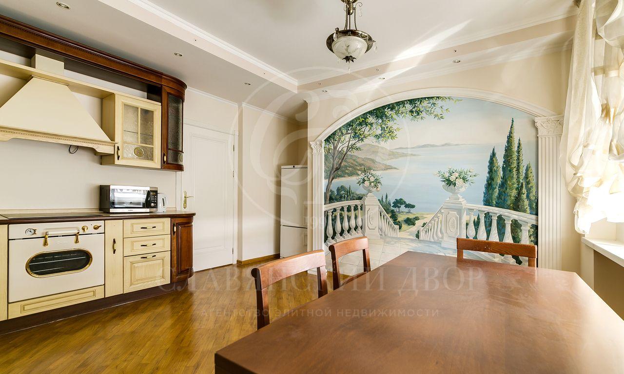 На аренду предлагается трехкомнатная квартира на Большой Грузинской!
