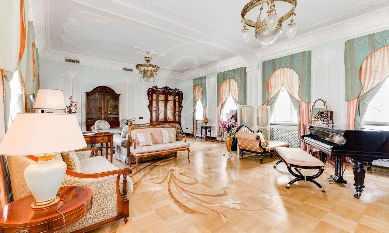 Квартира для истинных ценителей искусства!