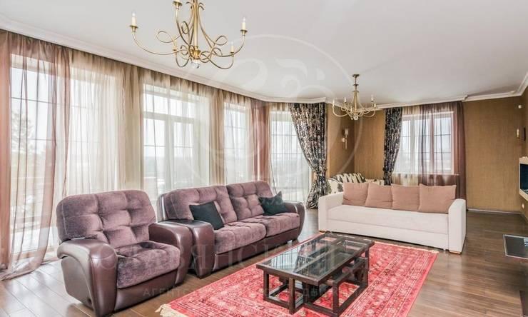 На продажу дом впоселке Кедры