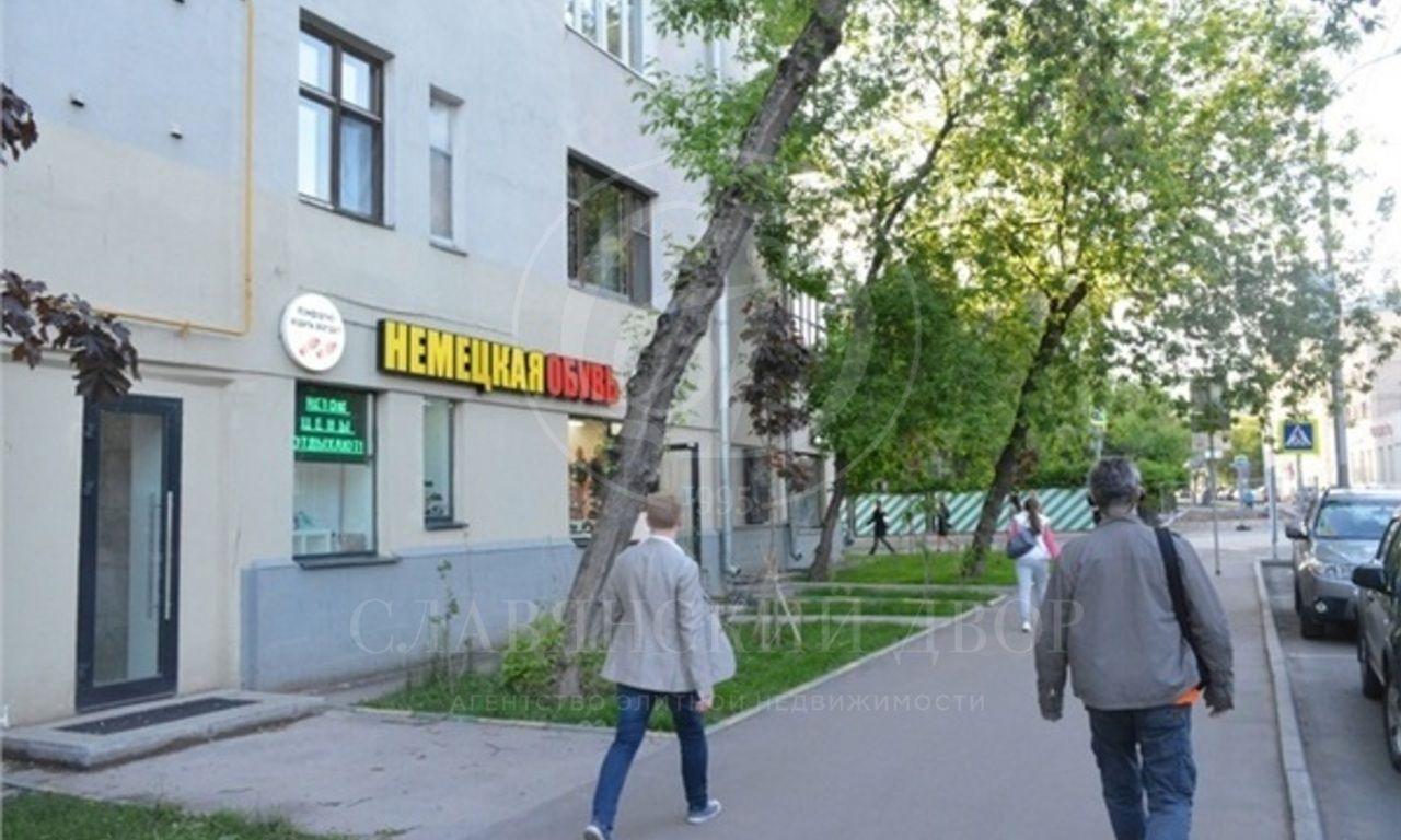 Аренда торгового помещения /Street-retail. м.Спортивная