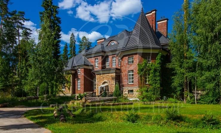 Изысканный дом всосновом лесу!