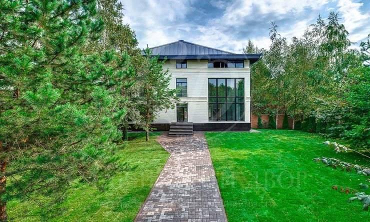 На продажу дом впоселке Мещерский