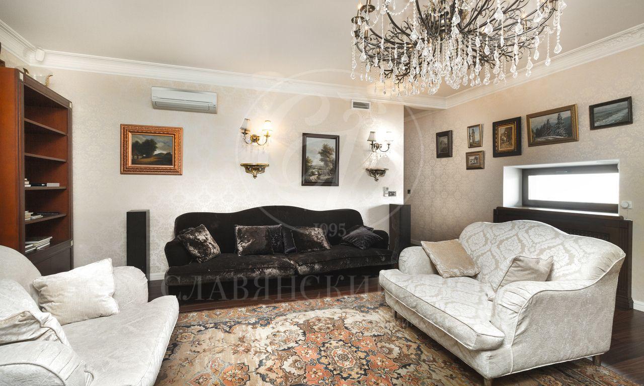 Квартира сатмосферой загородной резиденции свидами на центр Москвы!