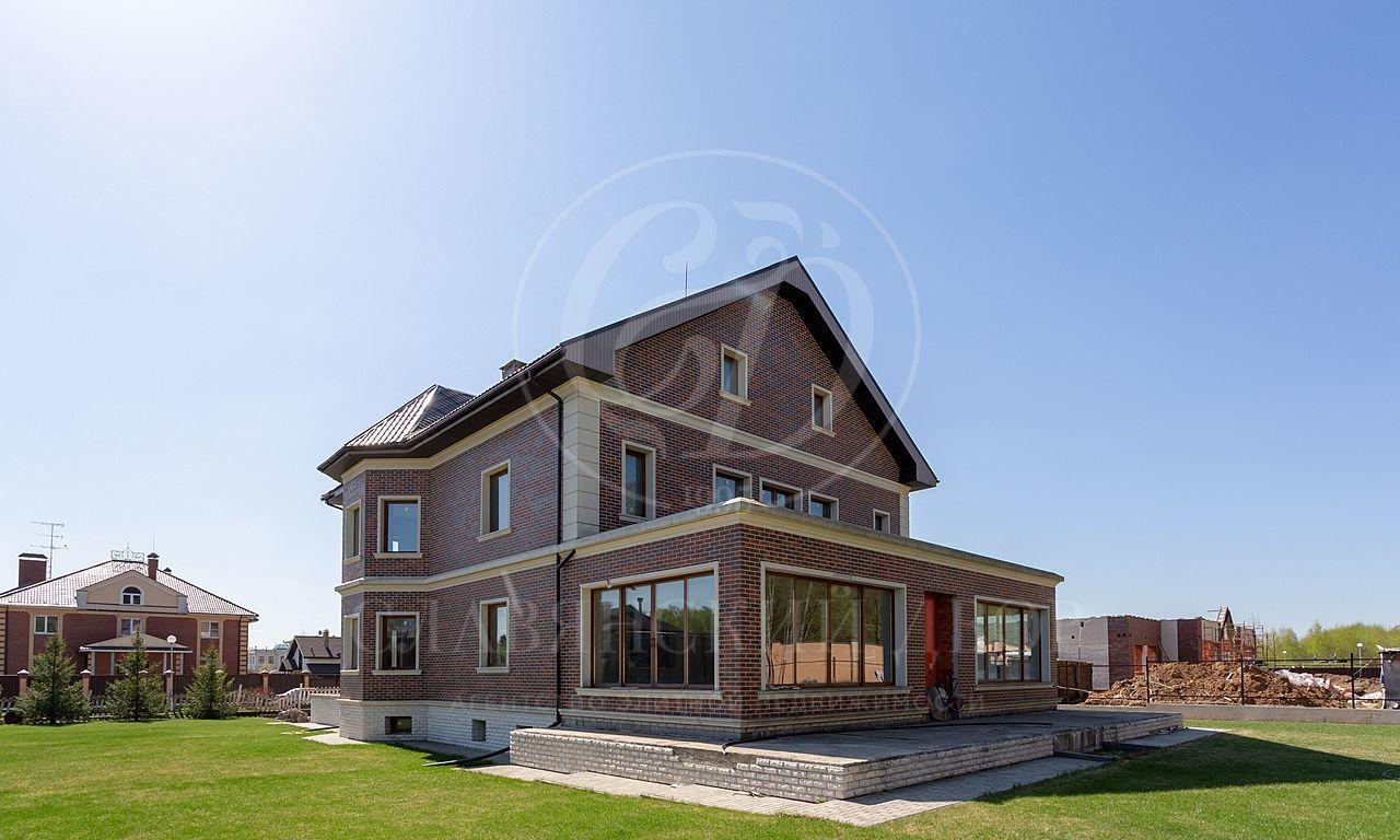 На продажу дом впоселке Летова Роща (Антоновка-2)