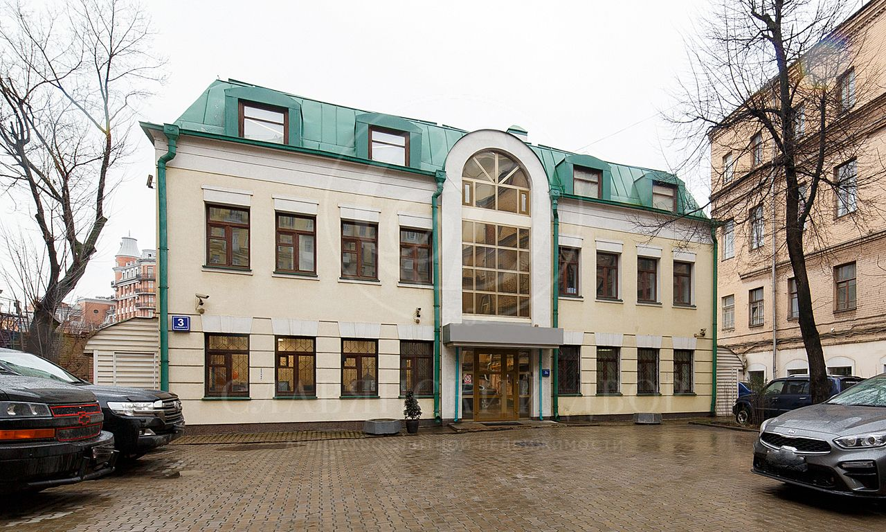 Продажа здания на Садовом кольце