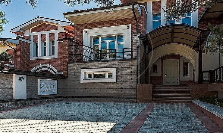 Варенду дом впоселке Азарово