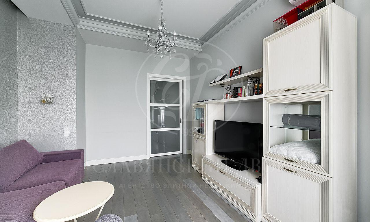 Стильная двухкомнатная квартира на Новом Арбате!