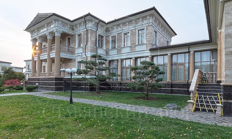 Варенду дом впоселке Монолит