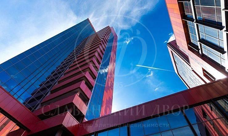 Продажа торгового помещения вБЦ NeoGeo