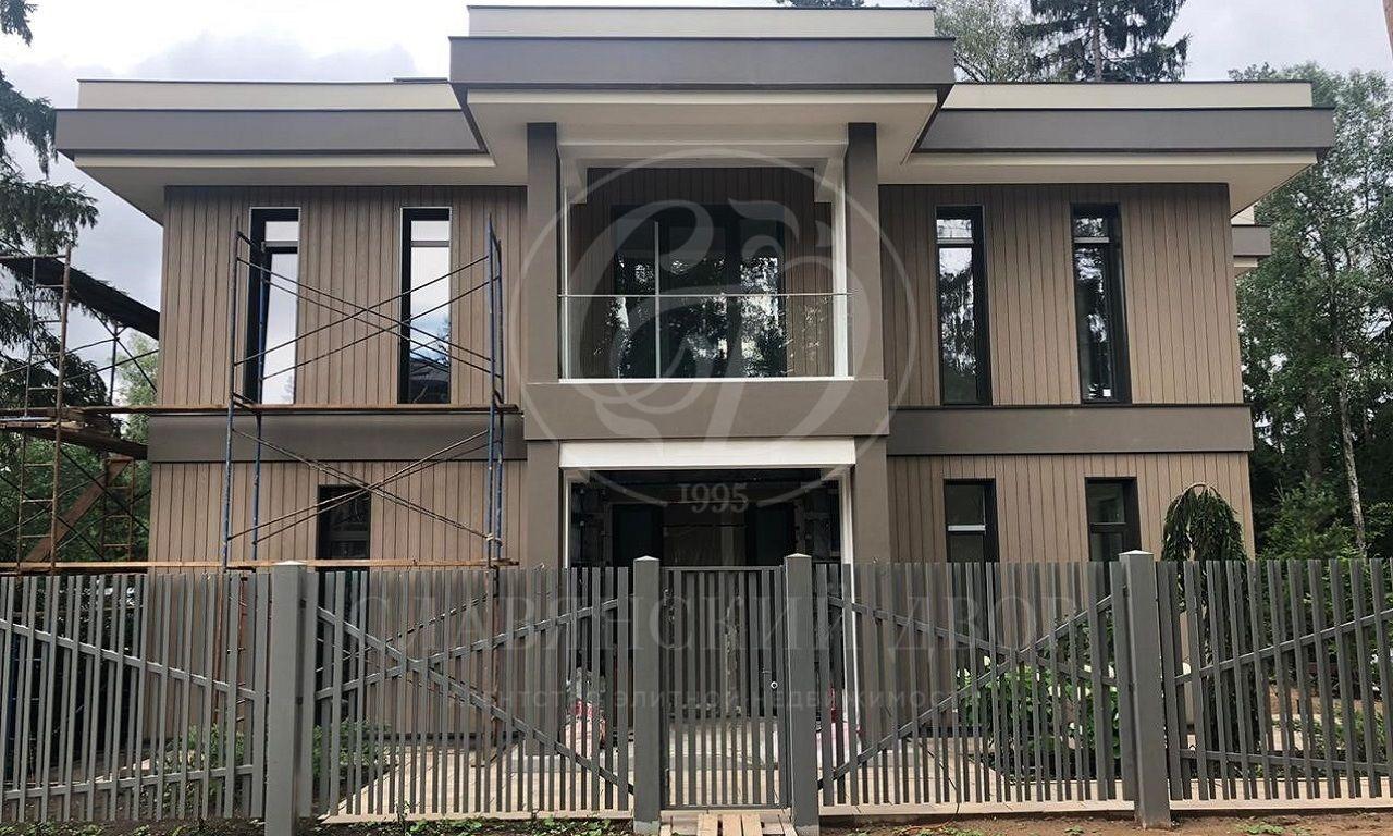 На продажу дом впоселке Успенские леса