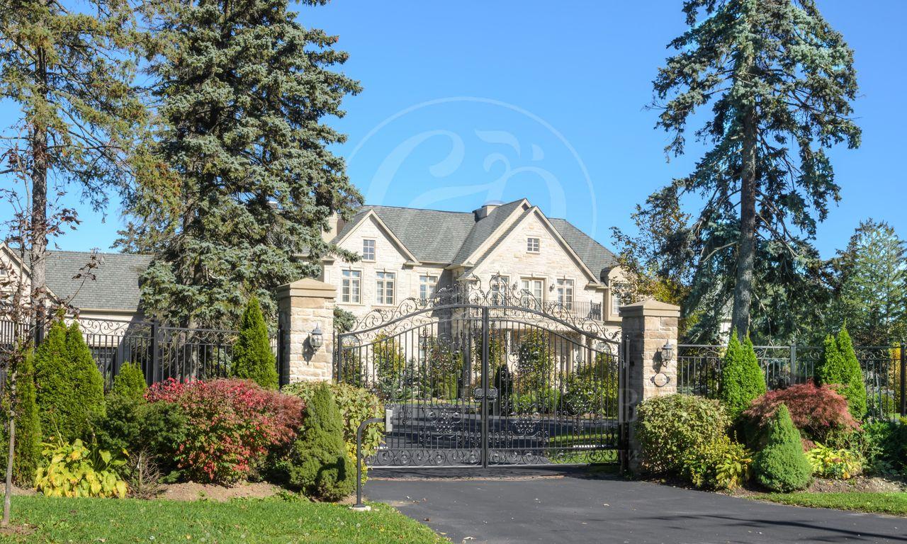 На продажу дом впоселке Новое Лапино