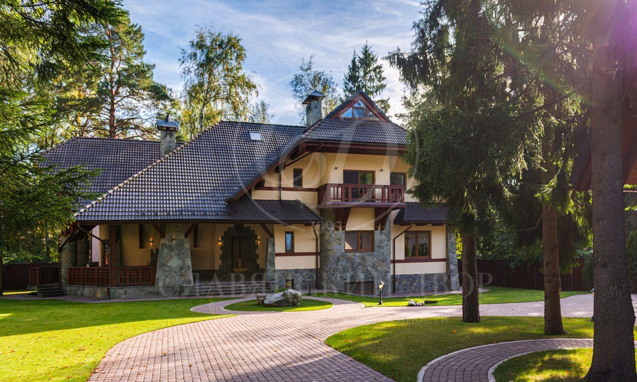 На продажу дом впоселке Дачная Поляна