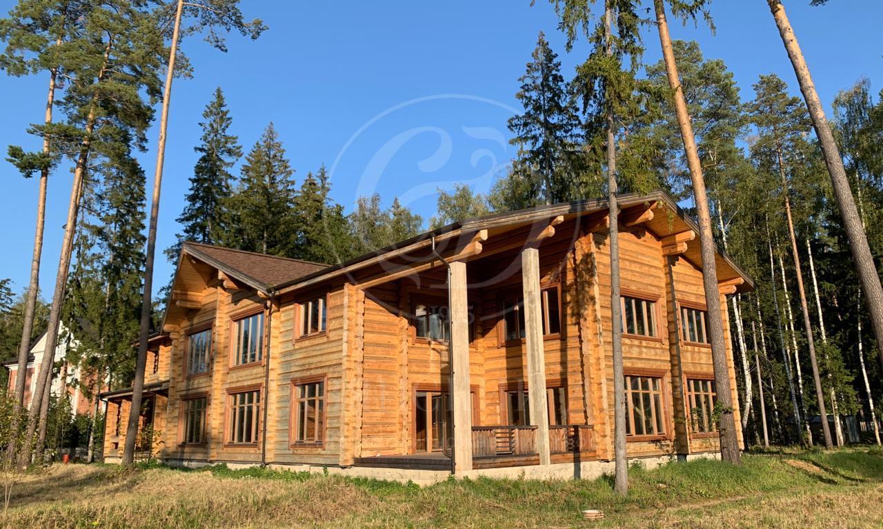 На продажу дом впоселке Вымпел