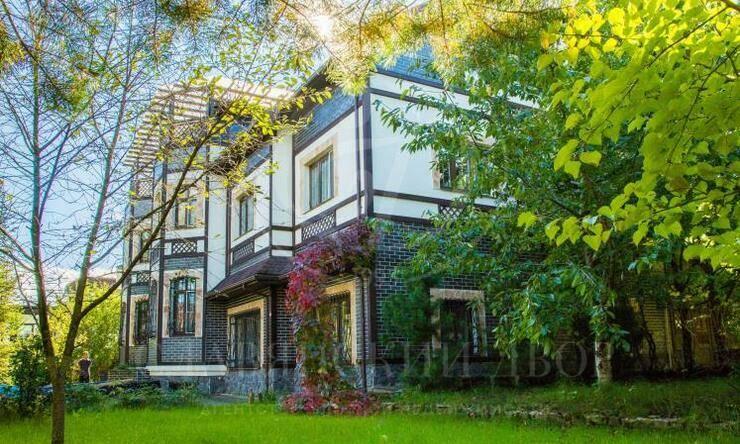 Кирпичный дом под ключ впоселке созером ирестораном