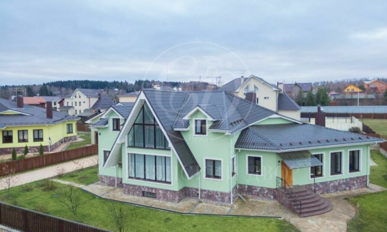 На продажу дом впоселке Карповы Вары