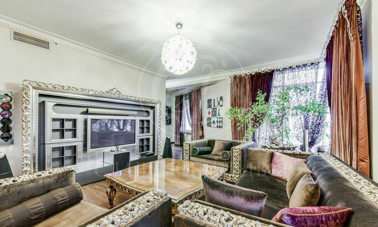 Дизайнерская квартира вЖК Воробьевы Горы