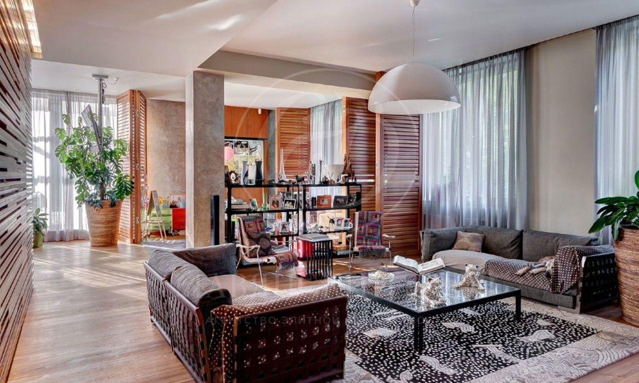 На продажу дом впоселке Клуб 2071