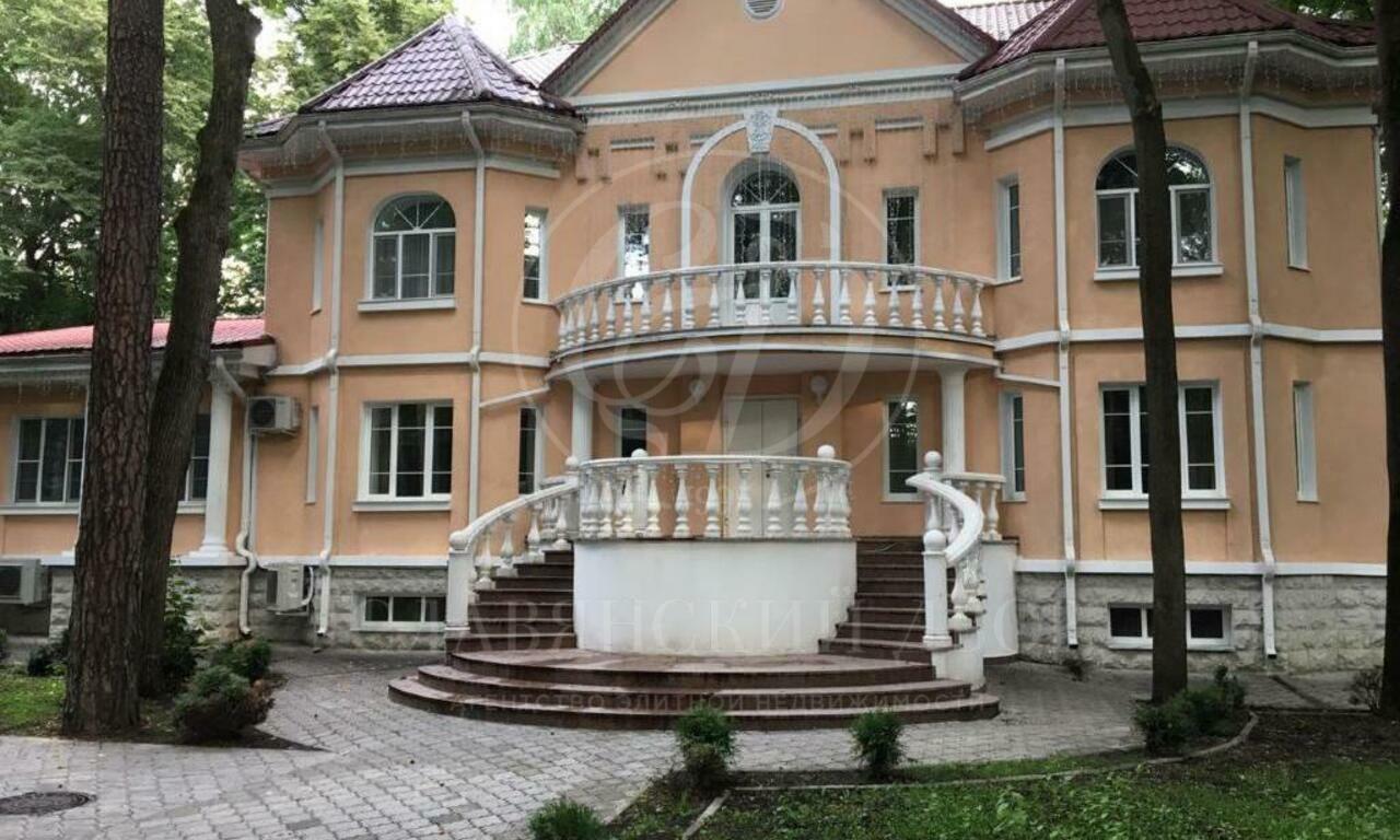 Варенду дом впоселке Серебряный бор
