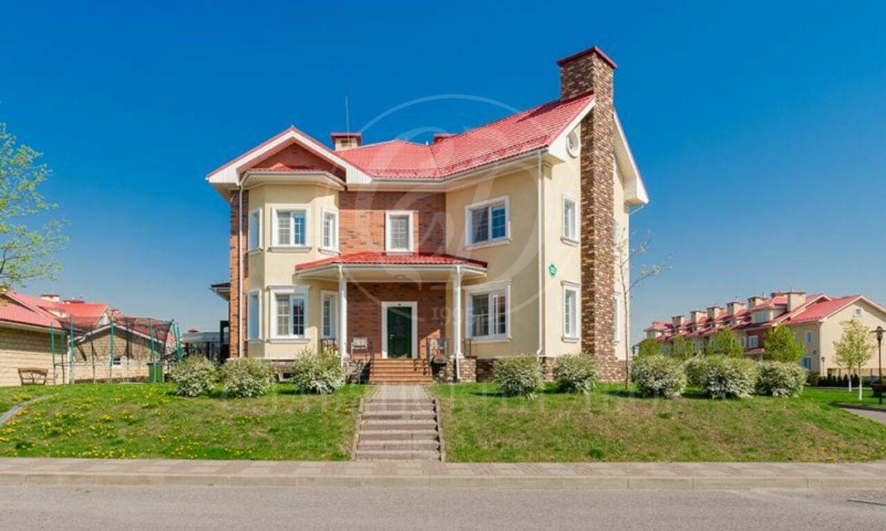 На продажу дом впоселке Ангелово