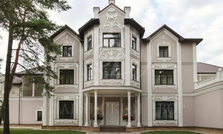 Варенду дом впоселке НПИЗ Барвиха