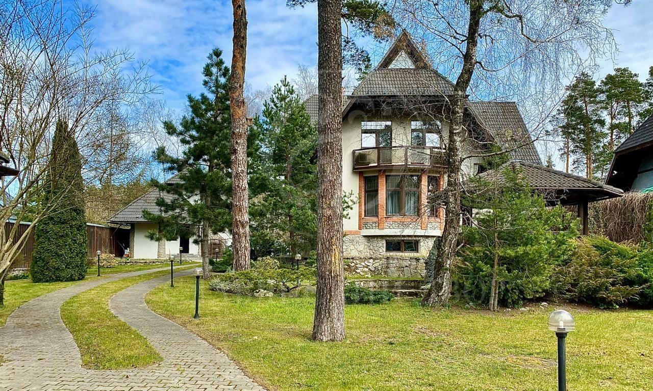 На продажу дом впоселке Калчуга
