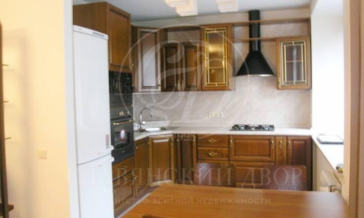 Предлагается варенду прекрасная трехкомнатная квартира на Петровке, 24!