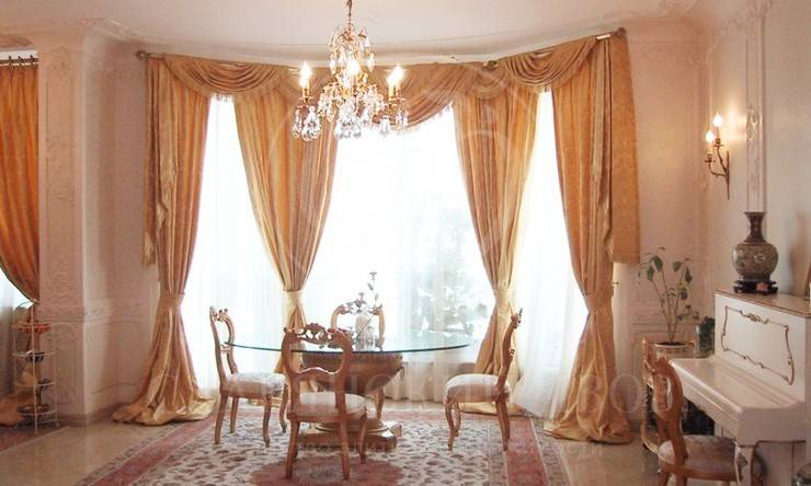 Предлагается на аренду прекрасная квартира вэлитном доме на Патриарших Прудах!